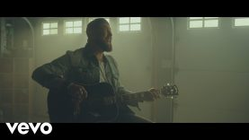 Zach Williams – Fear Is a Liar (Official Music Video)